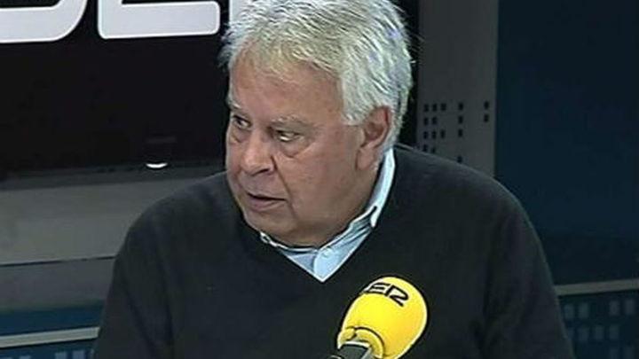 """González cree que Rubalcaba tendrá que ver si es más """"solución que problema"""