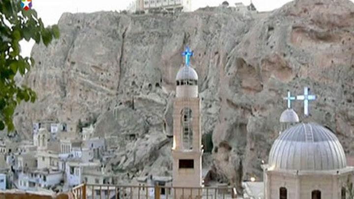 """Rebeldes sirios retienen cerca de Damasco a las monjas de Malula, que están """"bien"""""""