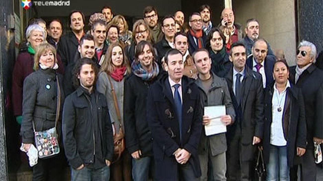 El PSM y JSM registran 80.000 firmas contra la subida de tasas universitarias