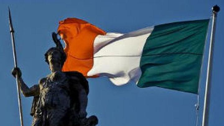 Irlanda marca el fin del rescate de tres años