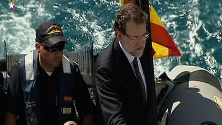 """Rajoy felicita a las tropas contra la piratería porque están """"ganando la batalla"""""""
