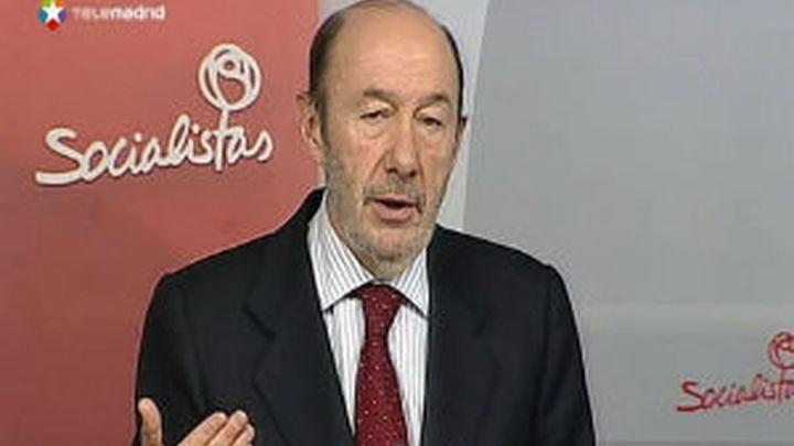 """Rubalcaba confía en que 2014 """"confirmará el cambio de tendencia"""" de los ciudadanos hacia el PSOE"""