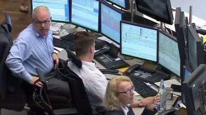 La prima de riesgo baja de los 200 puntos por primera vez desde mayo de 2011