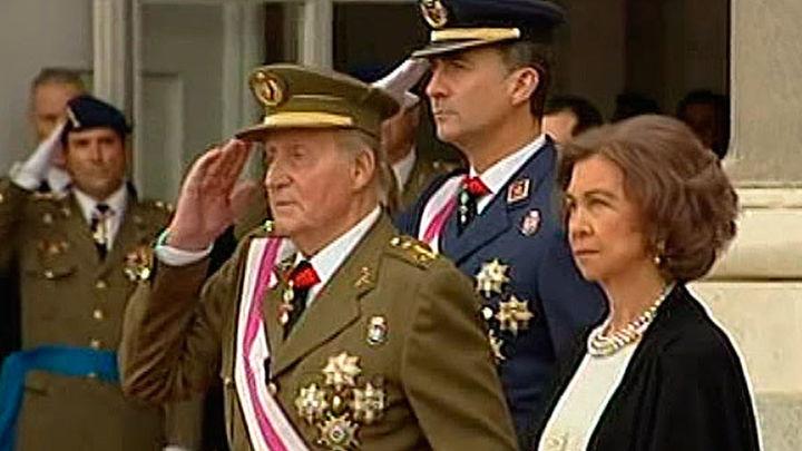 El Rey destaca la ejemplaridad y generosidad de las Fuerzas Armadas y la Guardia Civil