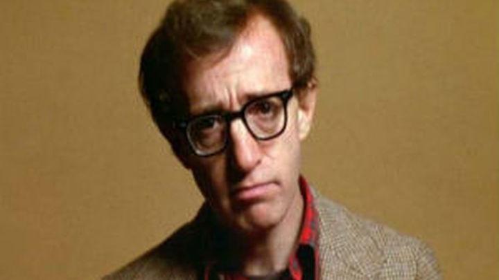 La hija de Woody Allen le acusa de abusos sexuales cuando era niña