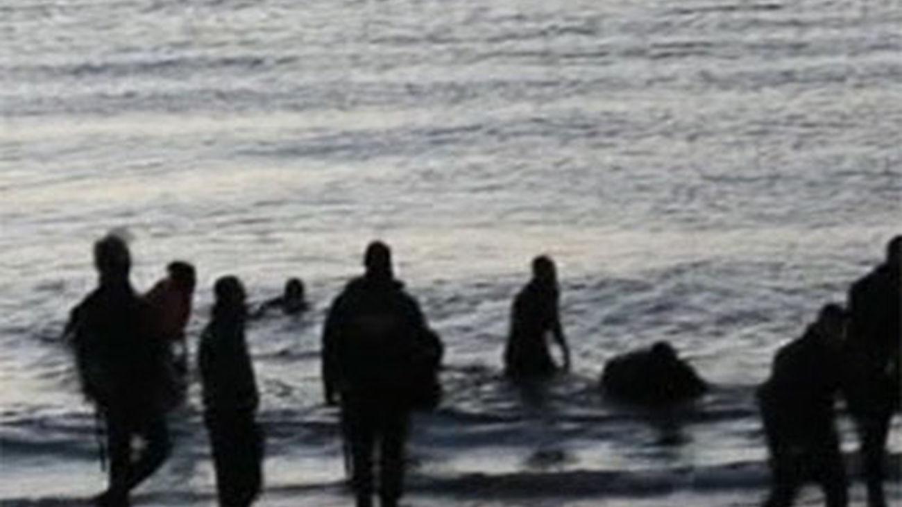 El número de cadáveres localizados en las inmediaciones  del espigón fronterizo de Ceuta se eleva a 14