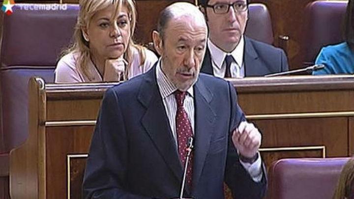 Rajoy ofrece diálogo a Rubalcaba en aborto pero reivindica modificar la ley