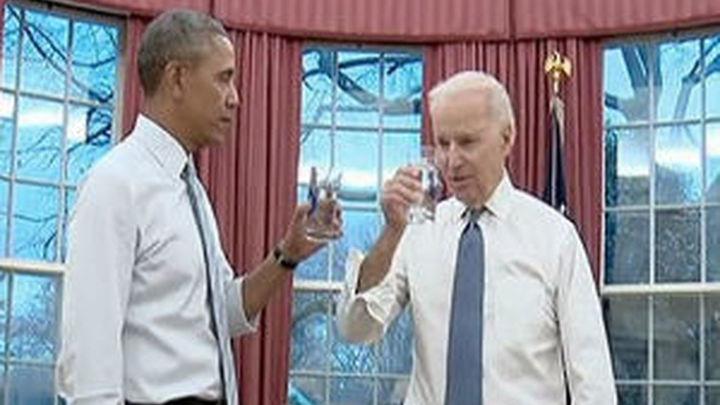 Obama y Biden hacen su tabla de ejercicios por la Casa Blanca