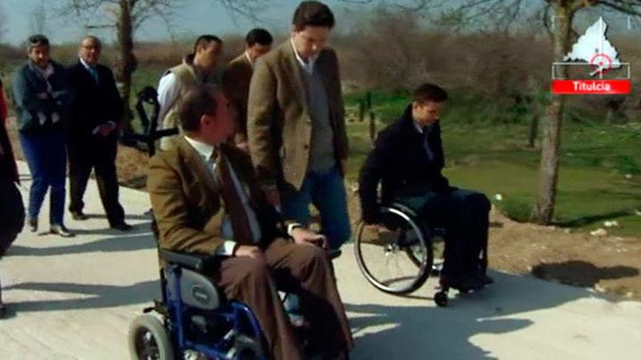 Adaptan una senda natural para personas con discapacidad
