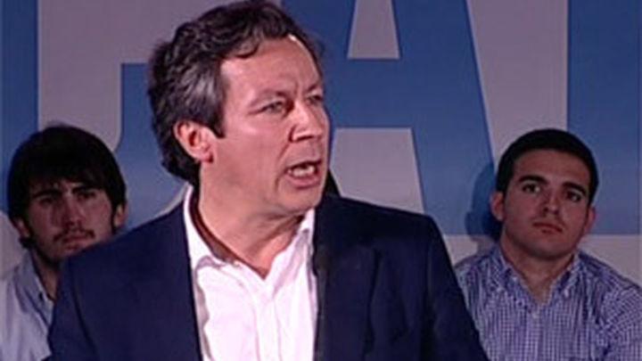 """Floriano: """"El Gobierno va a bajar los impuestos a 12 millones de españoles"""""""