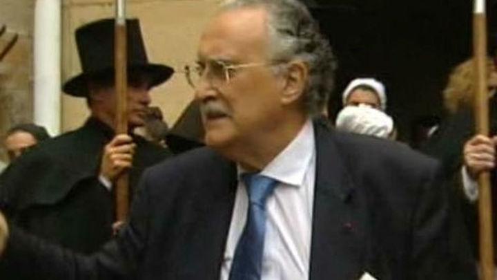 El Príncipe asistirá el lunes al funeral de Azkuna en Bilbao