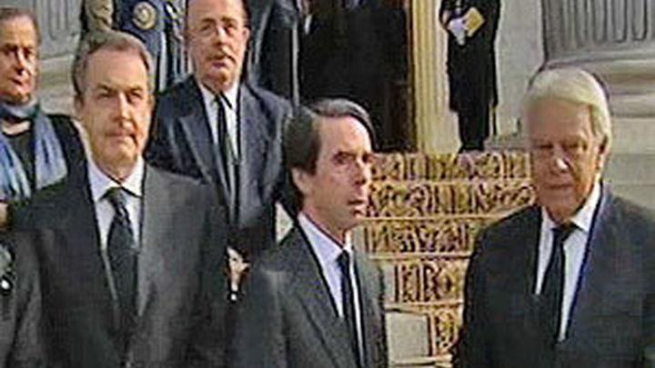 El homenaje a Suárez propicia el encuentro entre los expresidentes