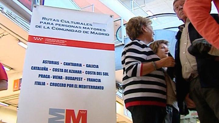 Madrid dobla las plazas de las Rutas Culturales para mayores y llega a 71.000