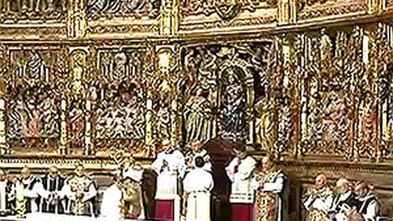 El funeral por el Greco congrega a 1.200 personas en la Catedral de Toledo