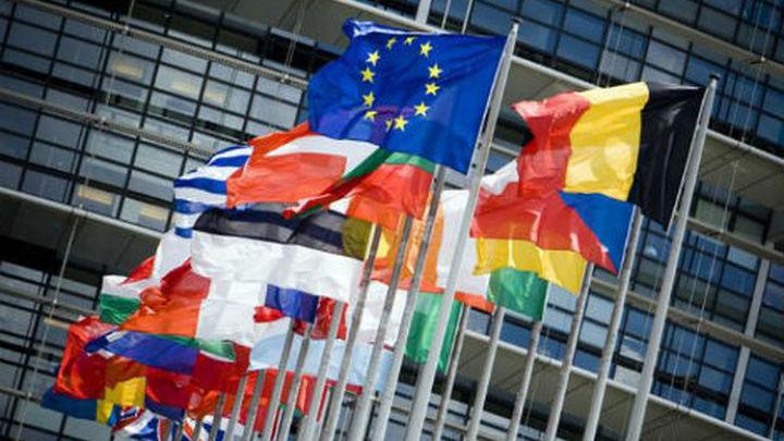 """Bruselas """"necesita más tiempo"""" para su dictamen sobre los presupuestos españoles para 2016"""