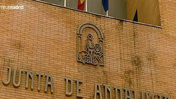 """La Junta andaluza pide """"no satanizar"""" a UGT-A por las facturas falsas"""