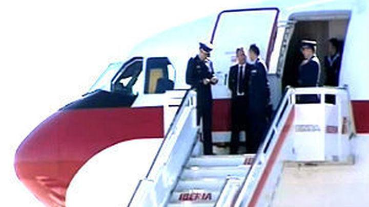 Un quinto fallo en un avión de la Fuerza Aérea retrasa media hora la salida del Rey de Kuwait