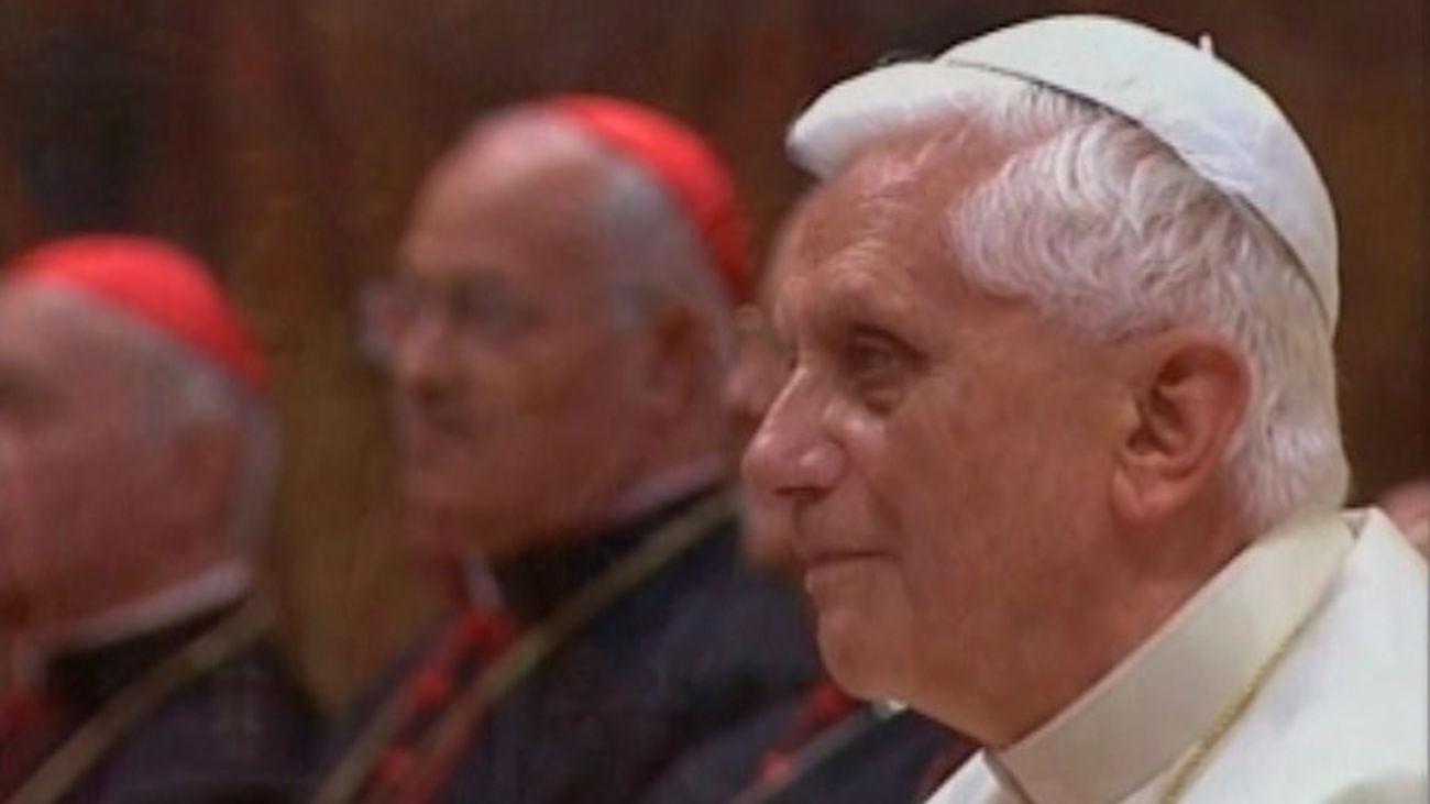 Benedicto XVI cumple 90 años, tras cuatro años como Papa emérito