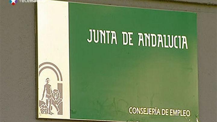 La Guardia Civil registra oficinas de empleo en Sevilla por el caso cursos formación