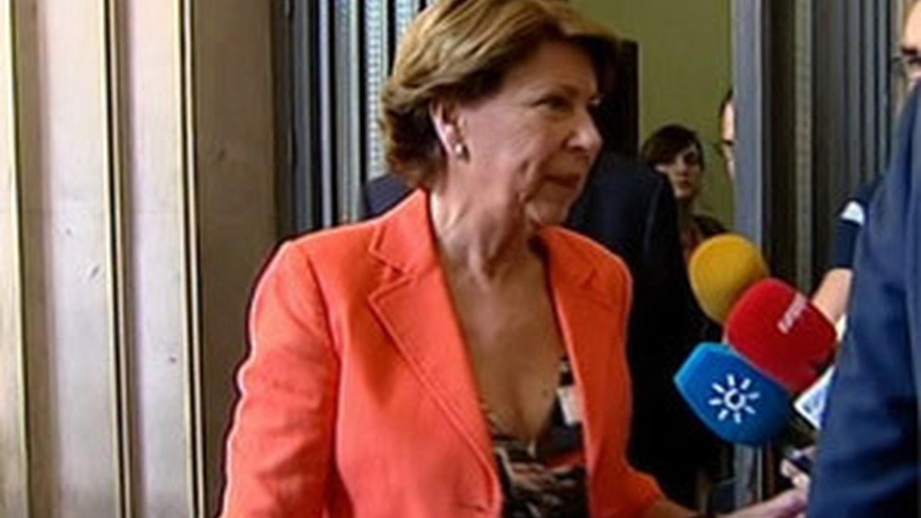 Álvarez se resiste a dejar su puesto en el Banco Europeo de Inversiones