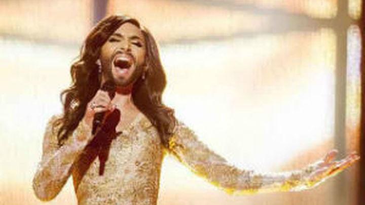 Conchita Wurst celebra su victoria en Eurovisión con un concierto en Viena