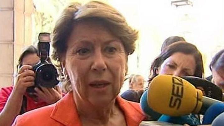 La juez de los ERE embarga seis inmuebles a Magdalena Álvarez