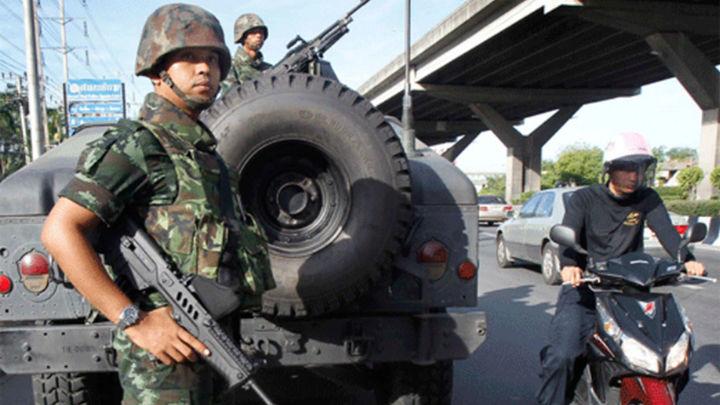 El Ejército de Tailandia impone la ley marcial