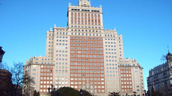 El Edificio España podrá ser vaciado pero deberá conservar sus fachadas
