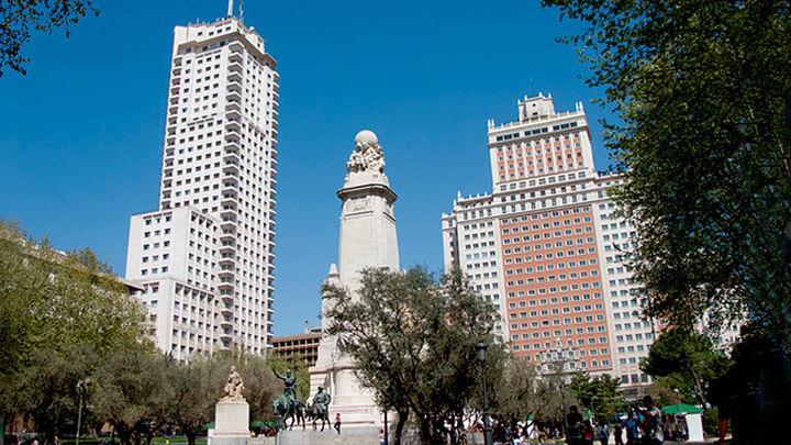 La venta del Edificio España impulsa la reforma de la plaza, ya planeada