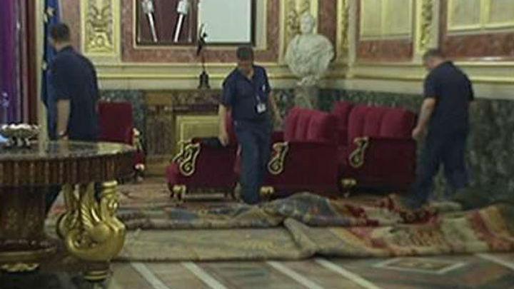 Protocolo de Cortes, Gobierno y Zarzuela preparan la proclamación del Rey