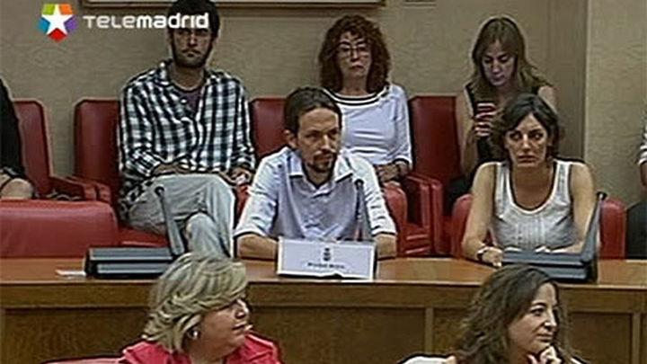 """Pablo Iglesias promete acatar la Constitución """"hasta que  os ciudadanos la cambien"""""""