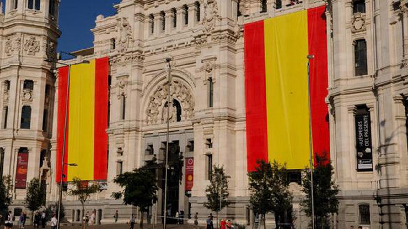 BANDERAS_AYUNTAMIENTO_MADRID