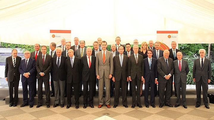 Don Felipe preside su último acto como Príncipe con los tres expresidentes