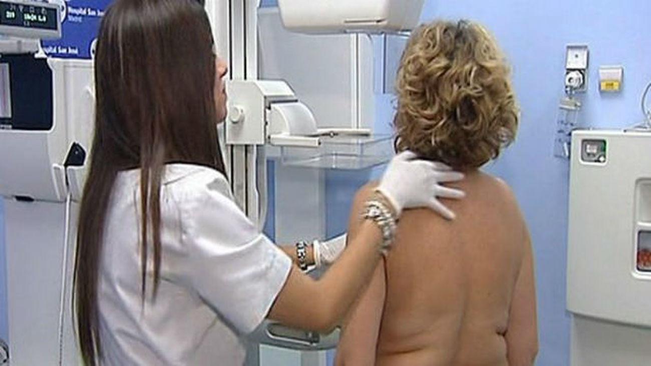 Los hospitales públicos madrileños comenzarán a hacer mamografías preventivas