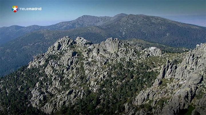El programa de rutas guiadas adentra a 2.500 personas en la Sierra Guadarrama