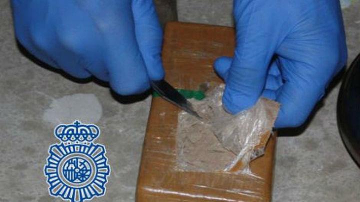Dos detenidos cuando intentaban sacar un kilo de heroína de la Cañada Real
