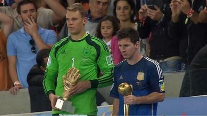 A Messi le 'regalan' el Balón de Oro