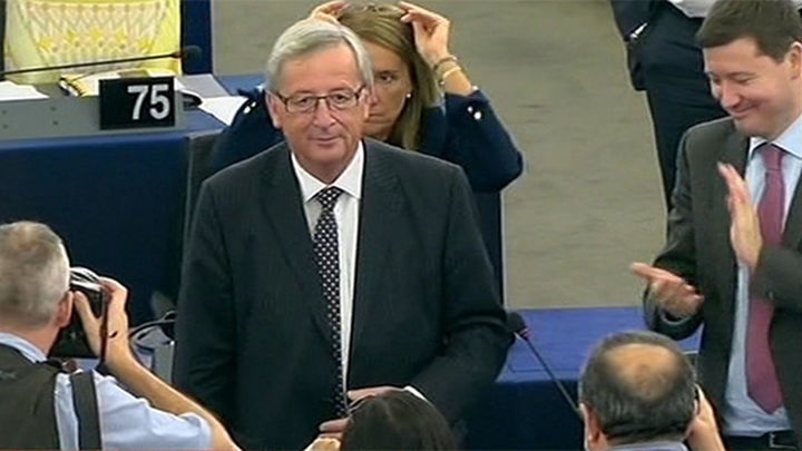 Aprobada la nueva Comisión de Juncker, que asumirá el relevo el 1 de noviembre