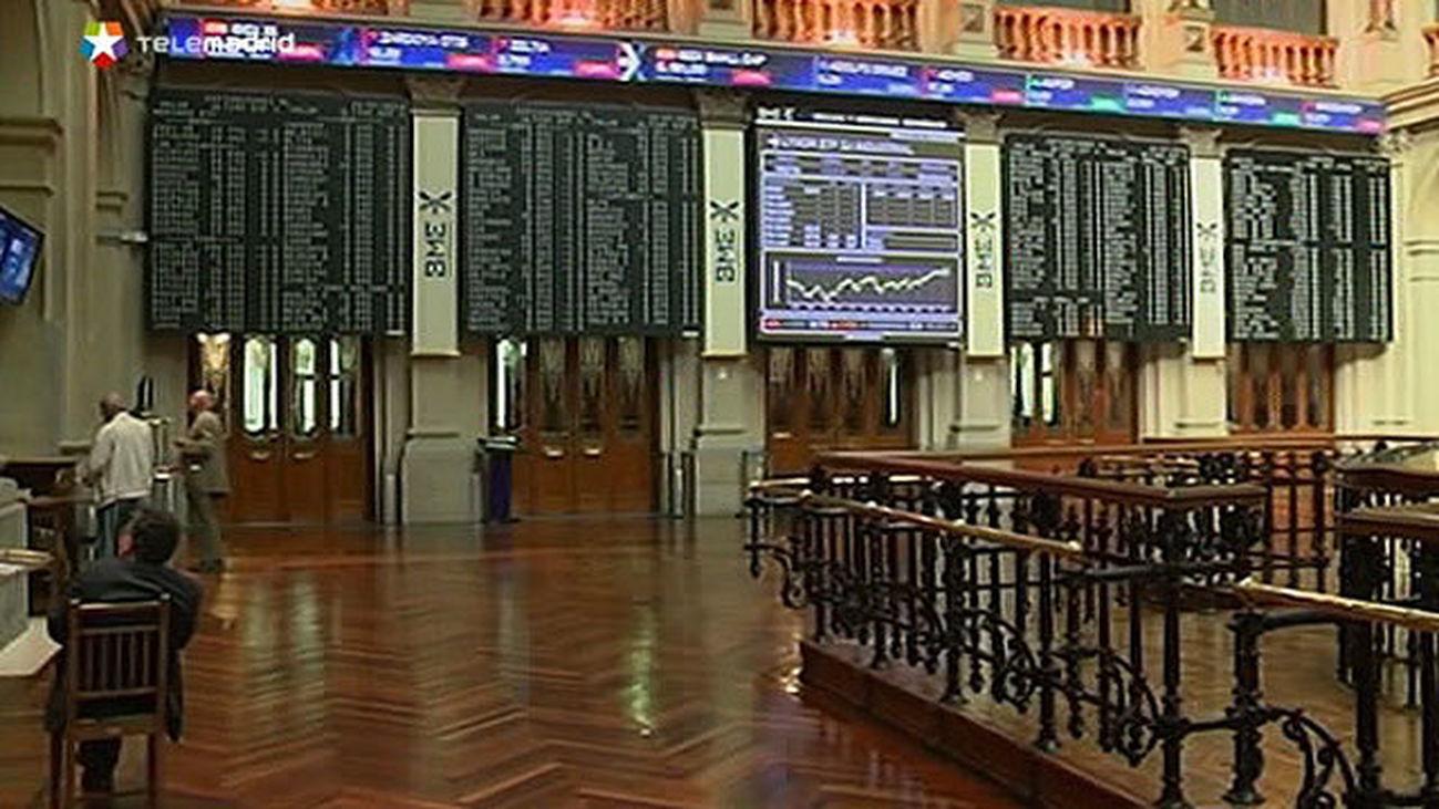 La Bolsa española sube el 0,67 % y supera los 8.700 puntos