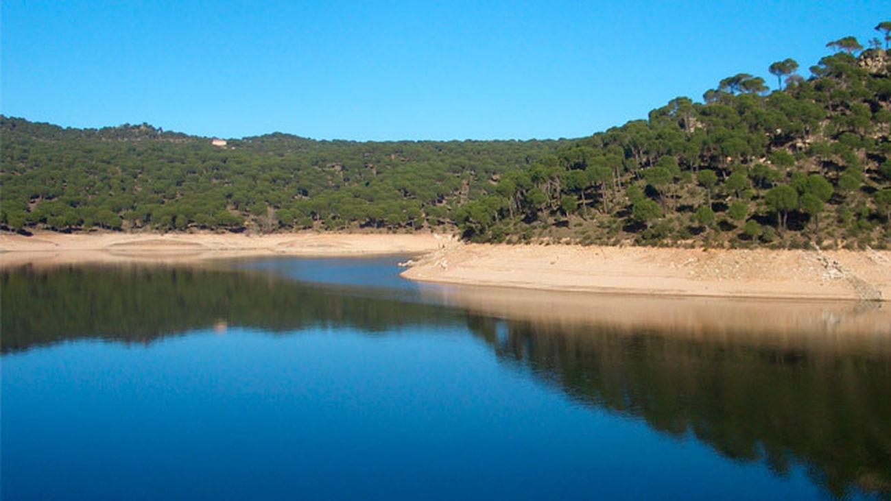 Embalse de San Juan, la playa de Madrid