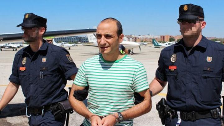 Trasladado a España el etarra Araníbar, presunto organizador del atentado T-4