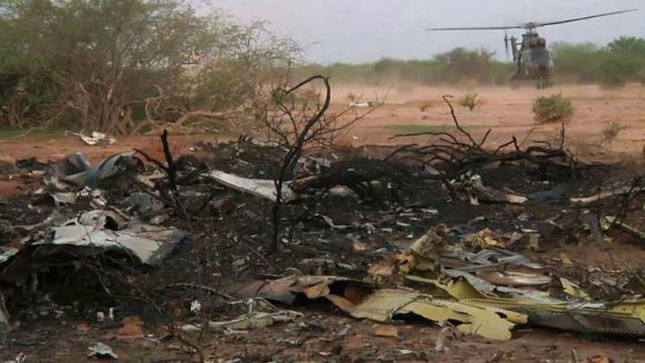 Un avión del Ejército traslada a Bamako a los especialistas en identificación enviados a Malí