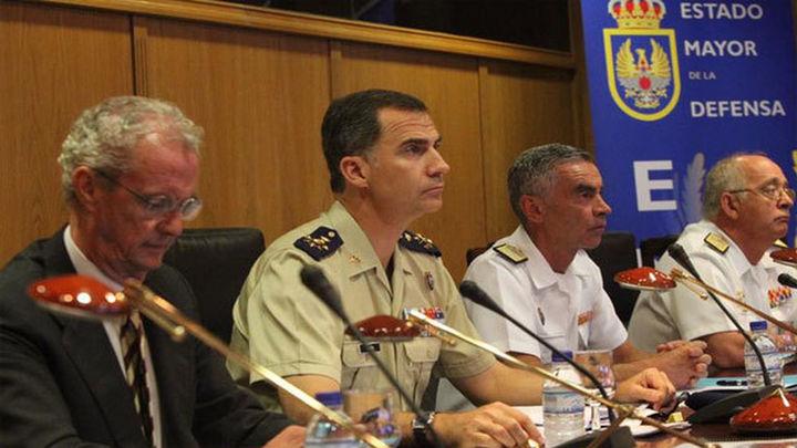 El Rey transmite por videoconferencia su apoyo a los militares españoles en el exterior