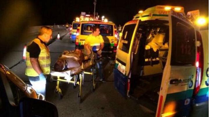 Son 53 los heridos en un accidente de autobús en la A-4, cinco graves