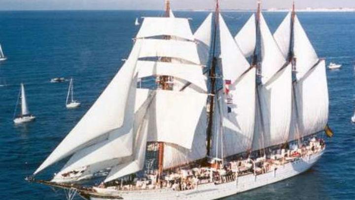 Encuentran un alijo de 127 kilos de cocaína en el buque escuela Juan Sebastián Elcano