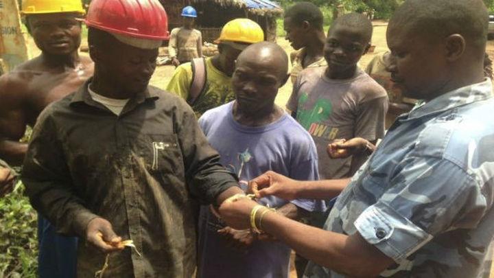 El presidente de Nigeria declara el estado de emergencia por el ébola