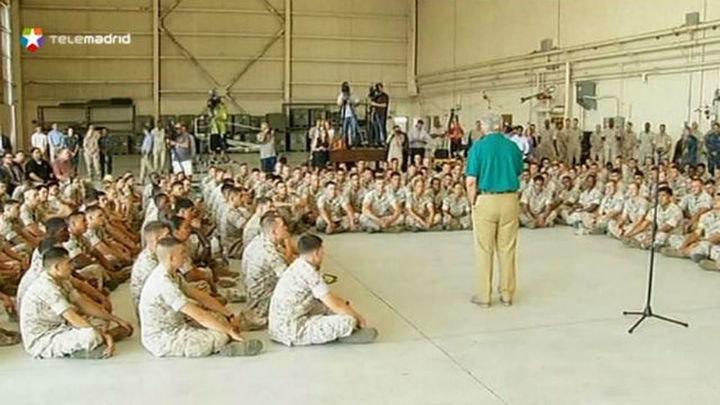 EE.UU. enviará 130 militares más a Irak para reforzar las tareas humanitarias