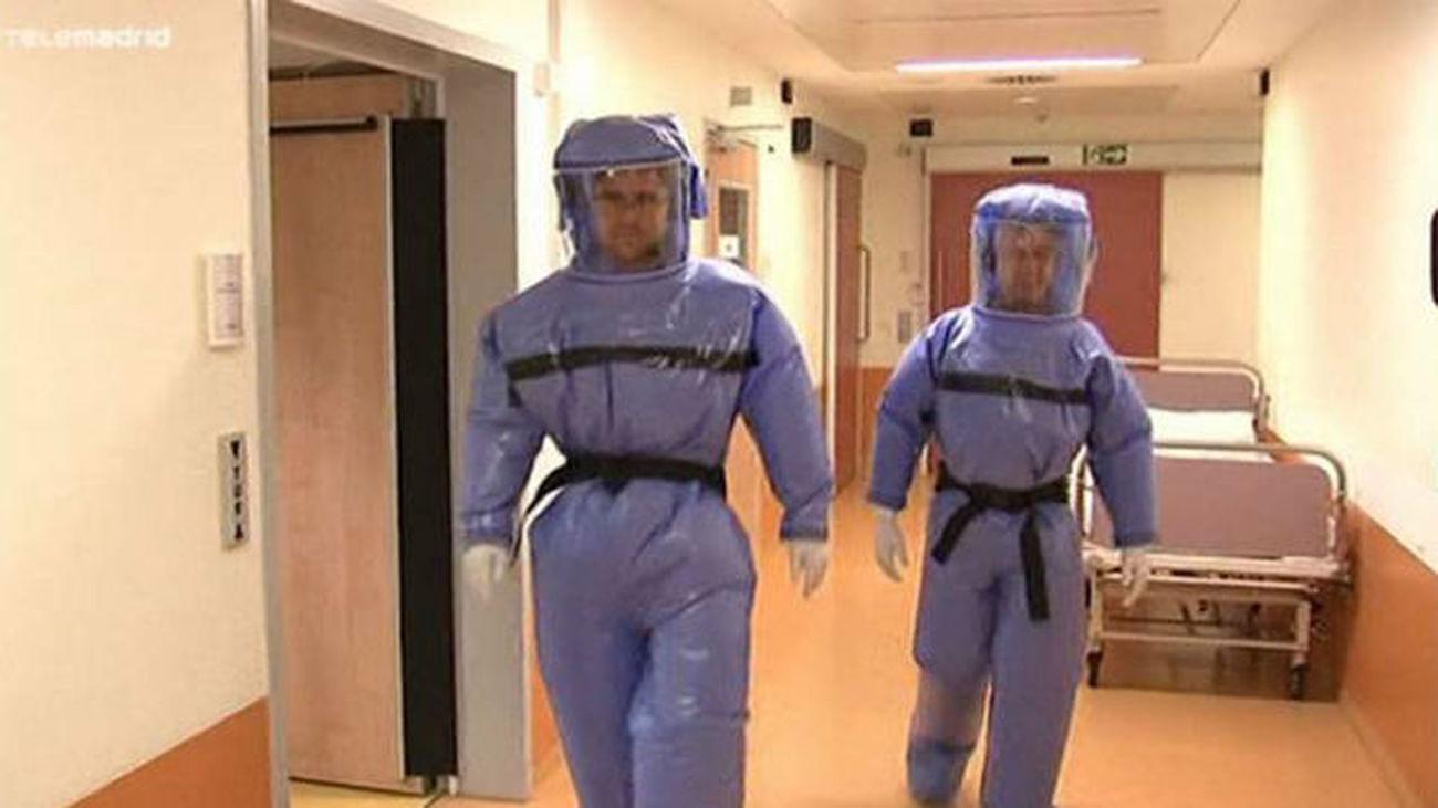 Sanidad desinfecta la zona del Carlos III que tuvo contacto con el ébola