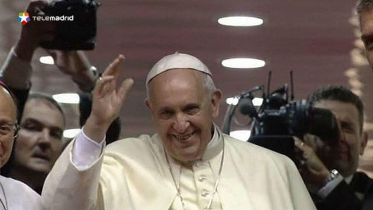 El papa Francisco parte a Roma tras su visita de cinco días a Corea del Sur