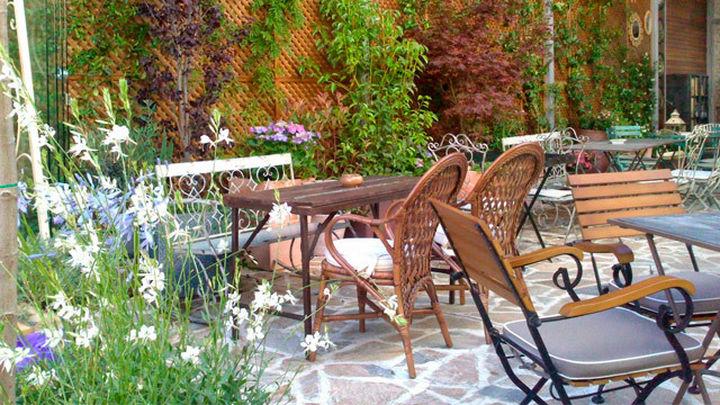 Un café en un Jardín Secreto en el centro de Madrid